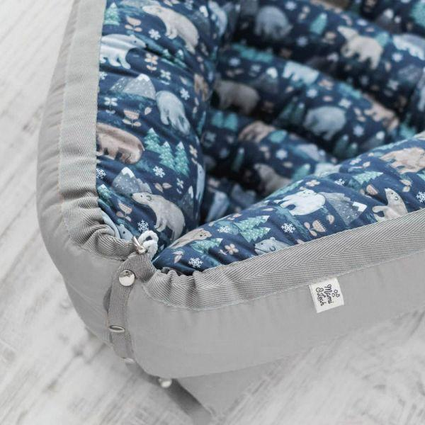Baby Nest Bears & Mountains Navy (spate gri)